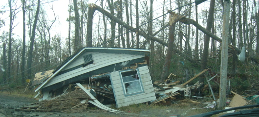 Aftermath of Hurricane Katrina - Lakeshore Road, Lakeshore